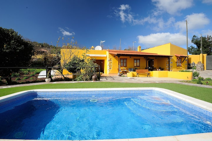Villa with 2 bedrooms in Las Rosas, with wonderful sea view, private pool, enclosed garden - 10 km from the beach