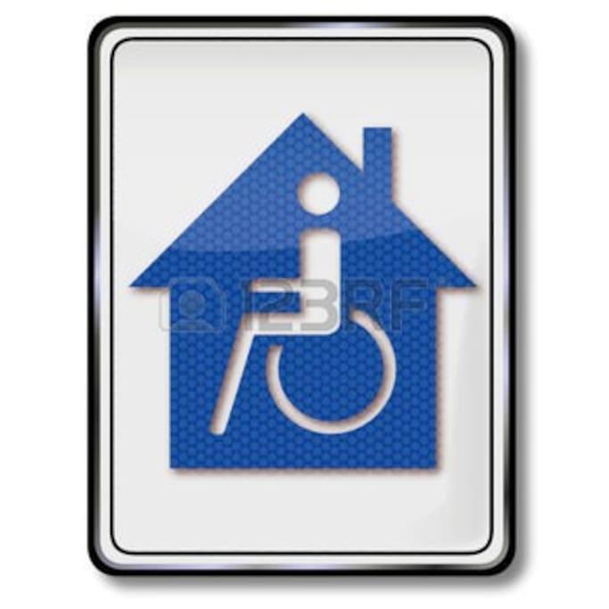Accessible pour personnes à mobilité réduite. Toegankelijk voor minder validen.