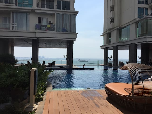 EXTENDED PROMO Seaside 1BR Apartment in Ancol. - Pademangan - Apartamento