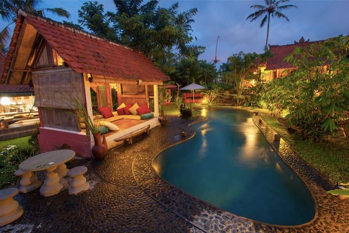 Hati Suci: Rustic Luxury Sanctuary - Ubud - Lainnya
