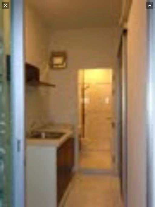 ห้องครัว+ห้องนำ้แยกส่วนจากห้องรับแขก