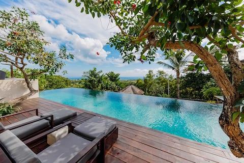 Modern Spacious Villa with Ocean View, Uluwatu