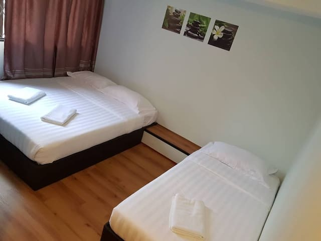 WELCOME INN,MIRI @ Family room