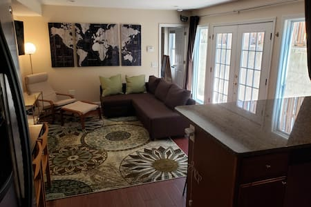 2 BR DelRay Home near DCA & Everything! (312)