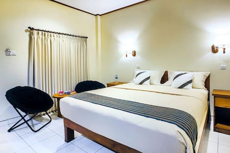 1 Bedroom Double or Twin Komodo Lodge - Bed & Breakfast