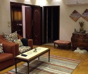 3 Bedroom spacious apartment in Cairo
