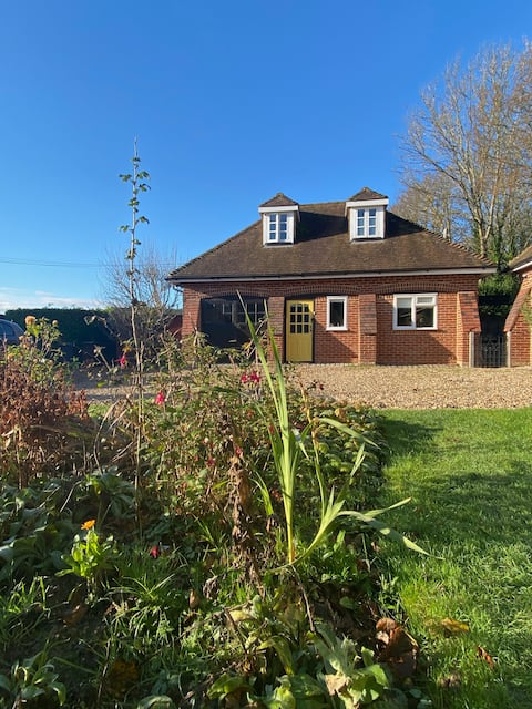 Cosy Private Cottage in Wrotham, Kent Downs AONB