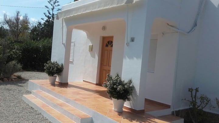 Preciosa casa al lado de la playa