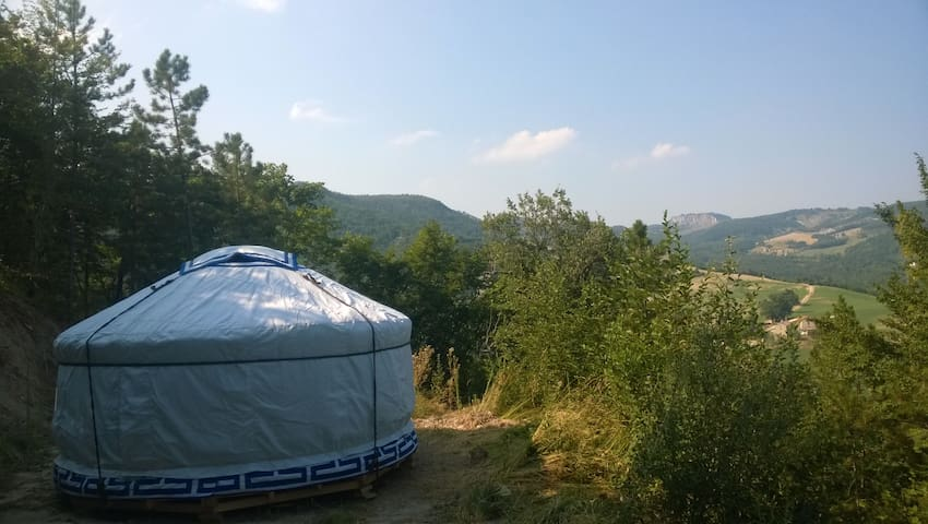 Yurta nel verde al Casale di Montondo - Sestino - Yurt