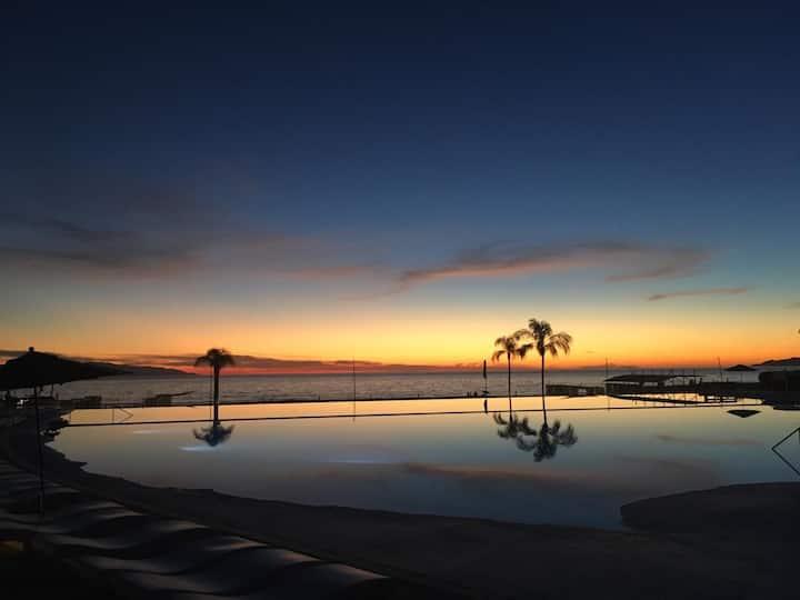 Ocean front+pool:Acqua Nuevo Vallarta
