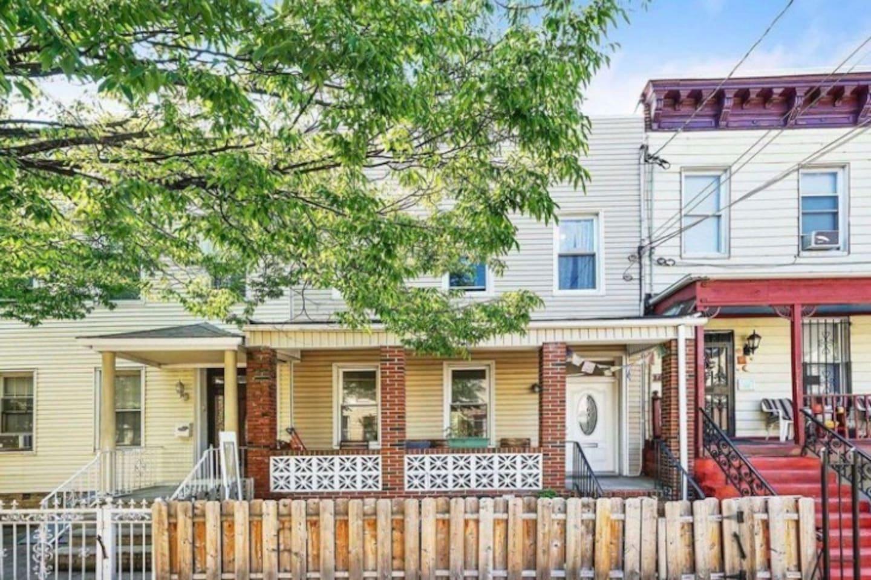 Cute and cozy house nestled on a side street in hip Bushwick/Ridgewood neighborhoods