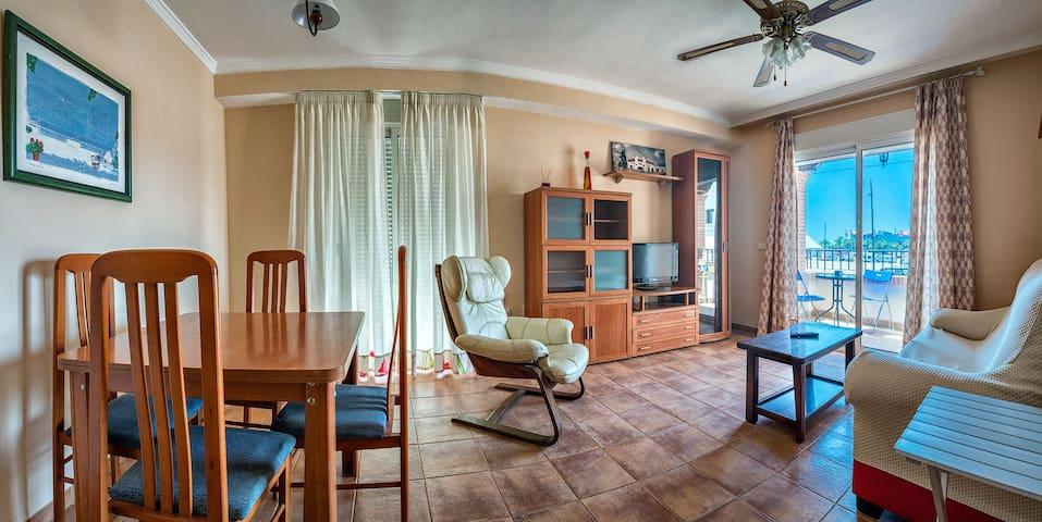 Apartment of 82 m2 in the best area of Roquetas