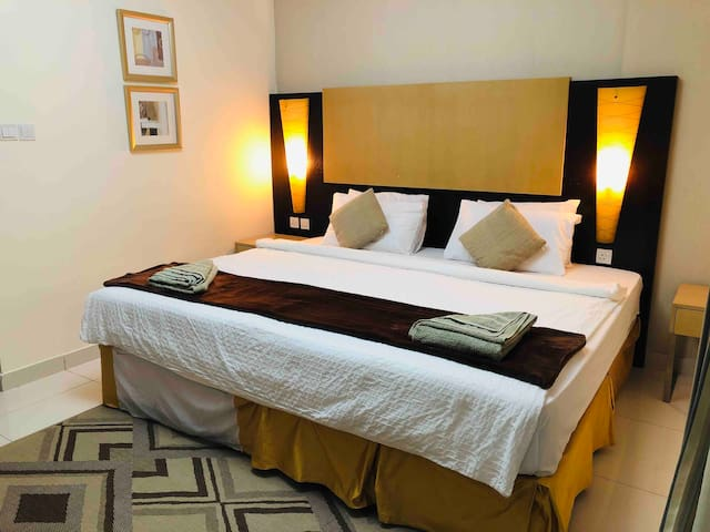 Private master room near emirate mall & near metro