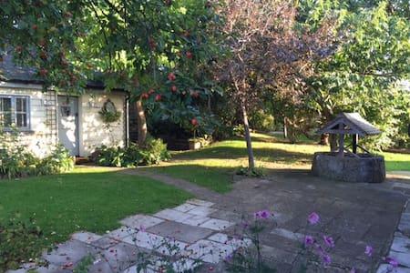 Idyllic Garden Cottage near Arundel - Wepham - Gæstehus