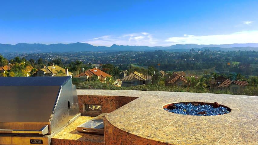 The Fergo: A Resort-Style living house near ocean - Laguna Hills - Casa
