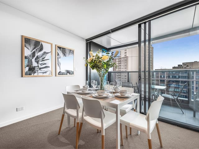 Dine in style with space for 6