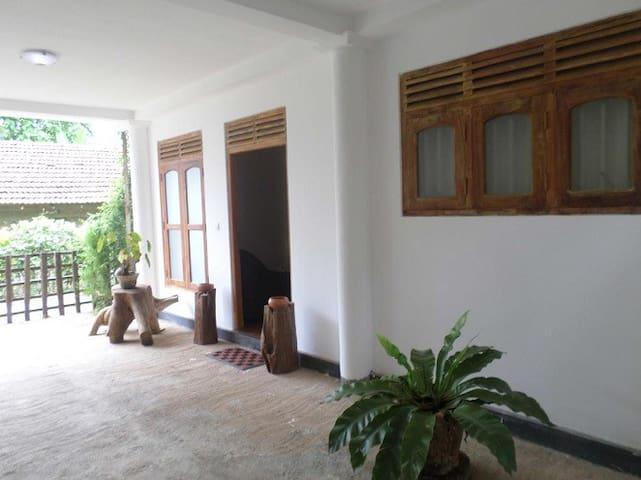 Perl Villa - Baddegama - Casa de camp