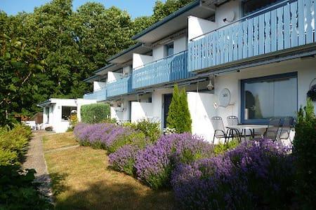 Schöne Wohnung in Eutin-Sielbeck - Eutin - Daire