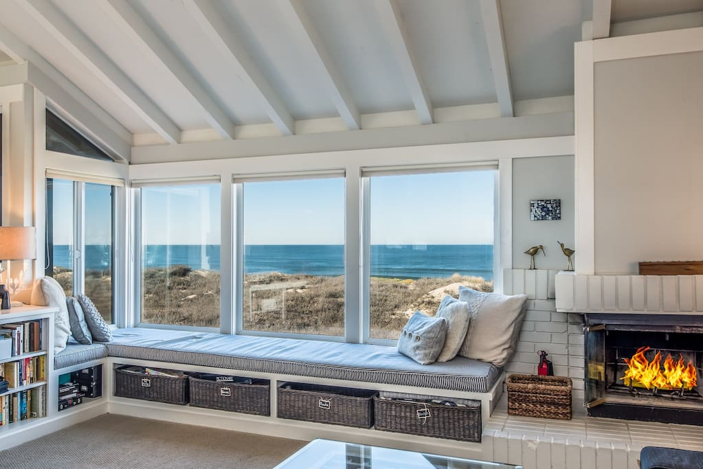 Plenty of room for everyone to have an ocean view