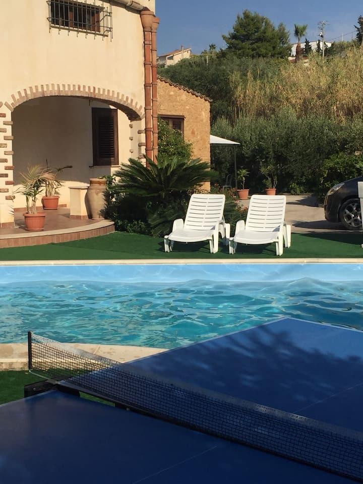 appartamento vintage  in villa con piscina