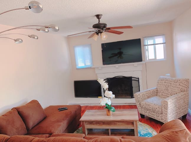New 2 private bedrooms + bath, laundry, parking