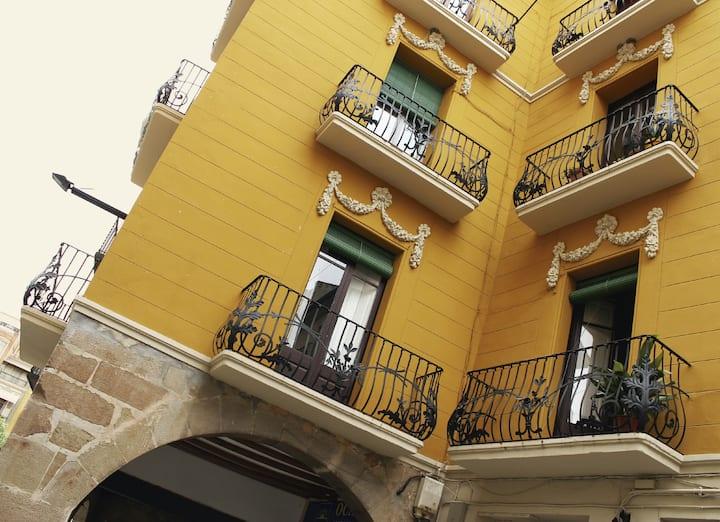 Cal Comabella (casa modernista)