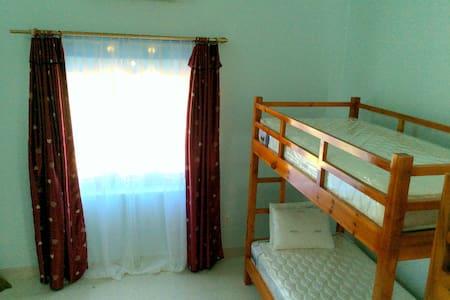 Ocean View Homestay- Dormitory room - tp. Đồng Hới