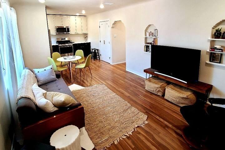 Beautiful Kern Place Apartment