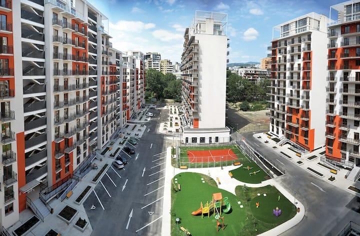 4-10 · 4-10 · 4-10 · ★ Modern 1BR apt. at M2 complex w/balcony★