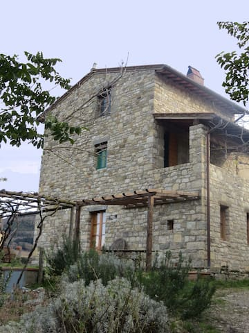 farmhouse apt 15km from Florence