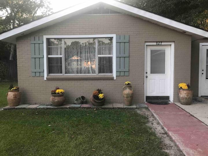 New Orleans/Madisonville KG Cottage