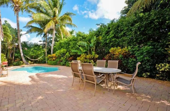 tropical & lush landscaped private paradise.