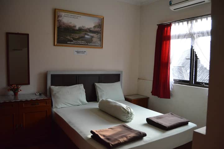 Homy and Comfy Room Near Pasteur 5