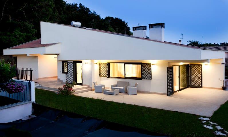 Villa Aranova near Rome