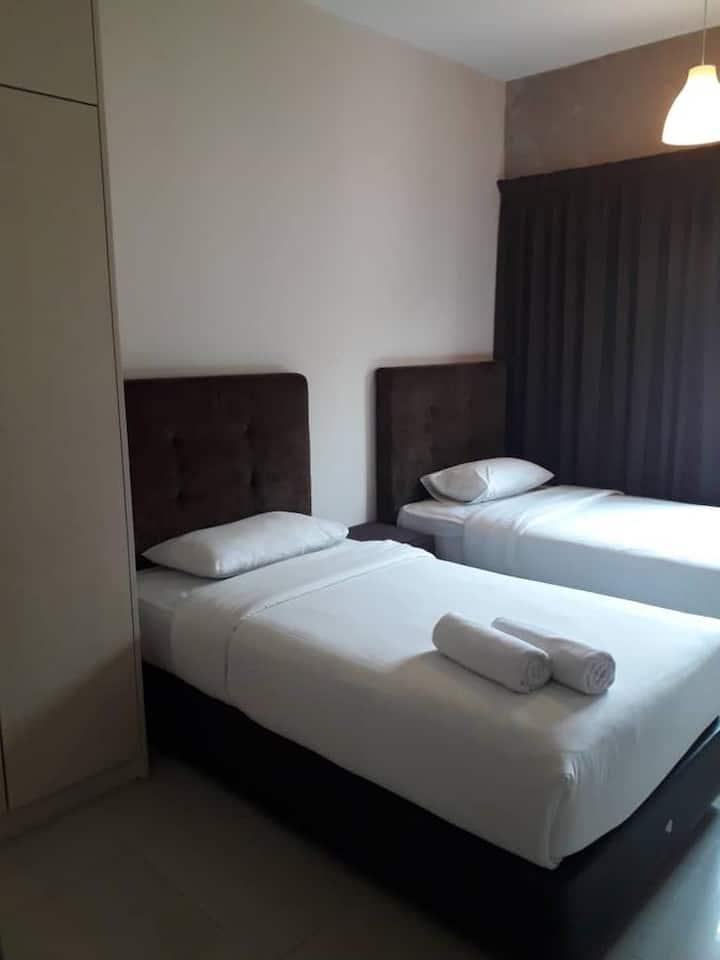 Kuantan Comfortable 3 Bed Rooms Condominium