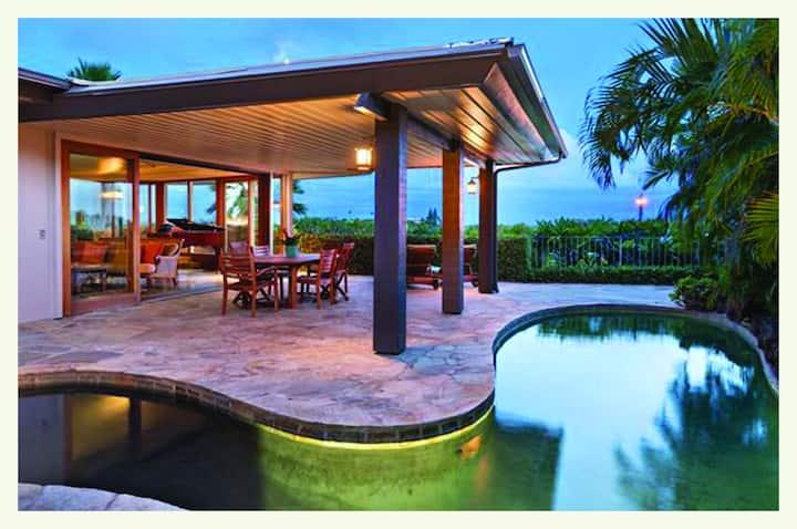 Stunning Ocean View Diamond Head Villa with Pool