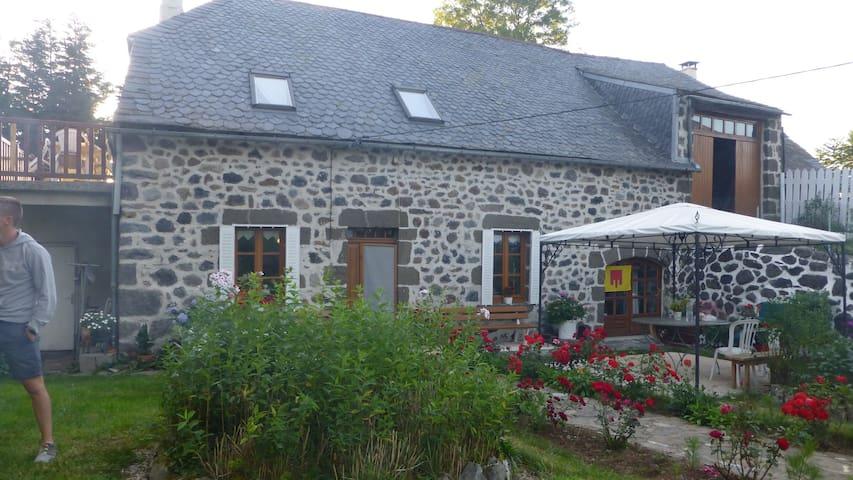 La Grange de Marie et Alexandre - Cheylade - Flat