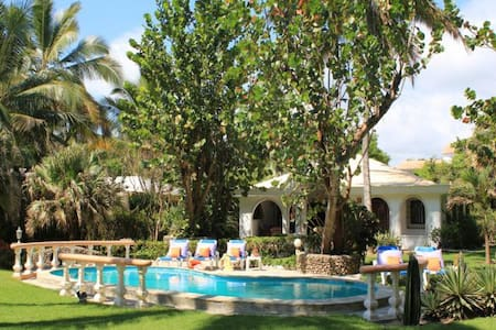 Beachfront Villa Sol Bonito - Cabarete