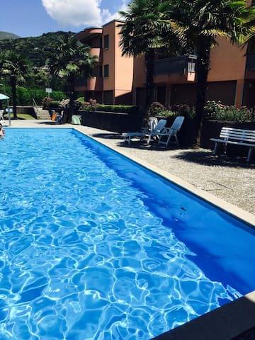 Lugano Cadro 2 locali con box auto e piscina