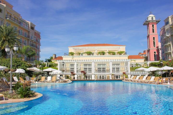 Luxury Studio View Pool in Resort Jurere ILC1206