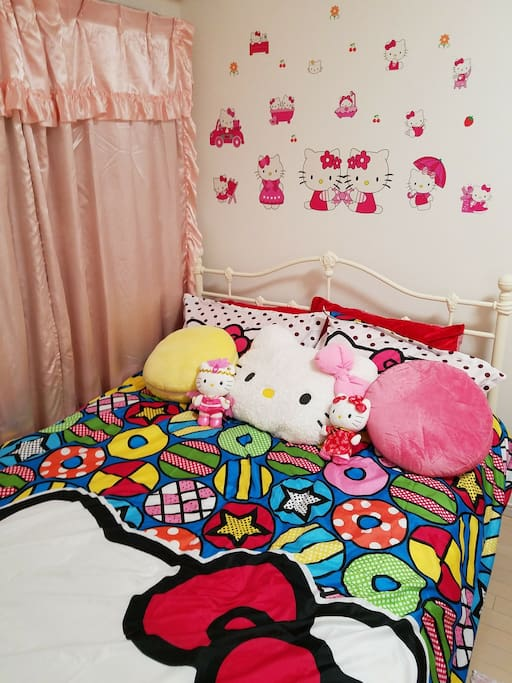 kawaii double size bed!!!!!!