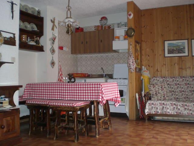 Monolocale con giardino con 4 letti - Cerreto Laghi - Pis