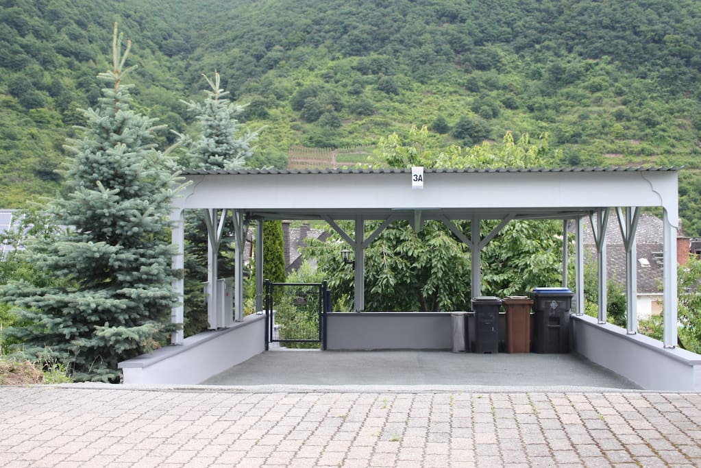 parking in carport available