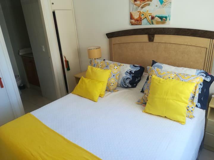 Hermoso apartamento cerca de las dos playas