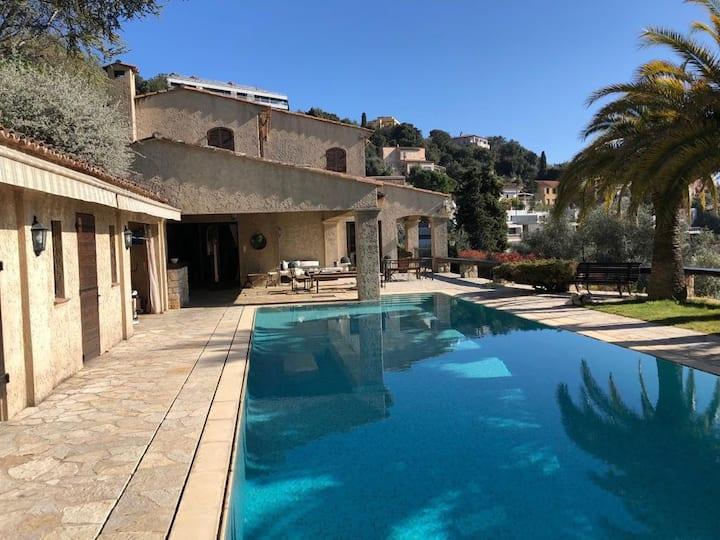 Villa nice 5chambres 15personnes piscine vue mer