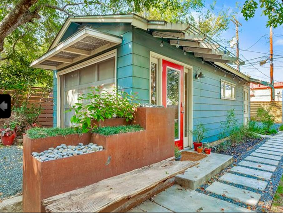 Modern landscaping and quaint austin touches give you a taste of Austinite living!