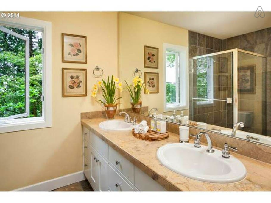 Luxurious Bathroom with huge shower & double sinks
