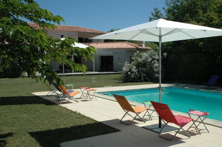Gorgeous property/swimming pool - Saint-Georges-du-Bois