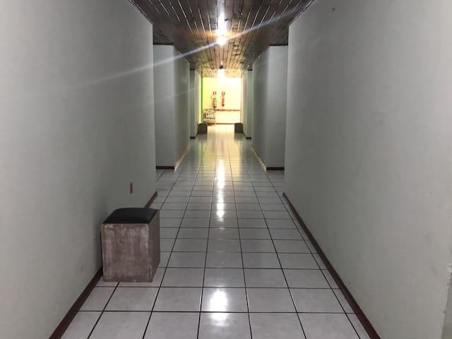 Hotel Próximo ao aeroporto e balsa de Porto Seguro