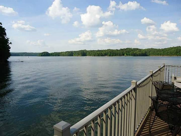 Lake Allatoona Rental Home and Dock